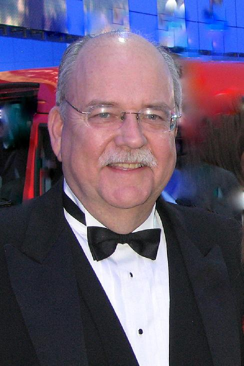 Bob Giles, vetran broadcast news manager and journalist will be inducted into the Micgigan State University Michigan Journalism Hall of Fame on April 17, 2010